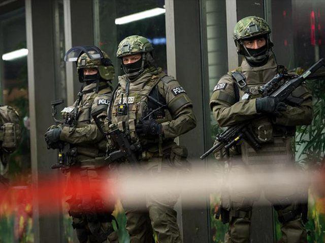German-Special-Police-AP