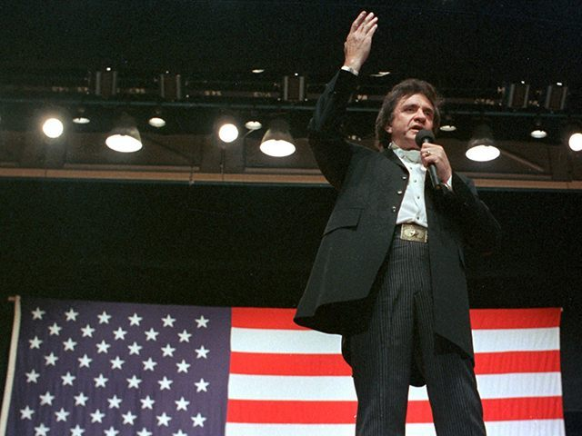 A Video Of The Late Johnny Cash Introducing His Song U201cRagged Old Flagu201d  During A Live Performance Demonstrates How Cashu0027s Love For America,  Americau0027s Flag, ...