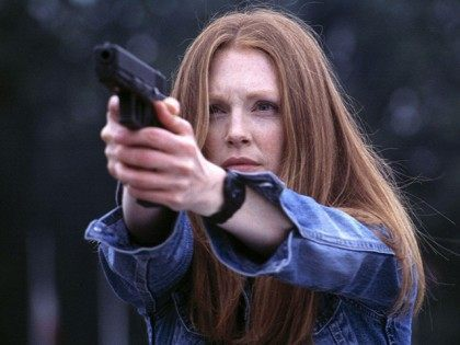 Julianne Moore Calls for Gun Registry, Limit on Number of Guns Americans Can Own