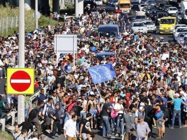 Migrants-in-Europe-640x480