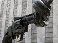 Twisted gun (JasonParis / Flickr / CC / Cropped)