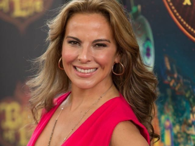 how kate del castillo u0026 39 s fame grew as the object of el