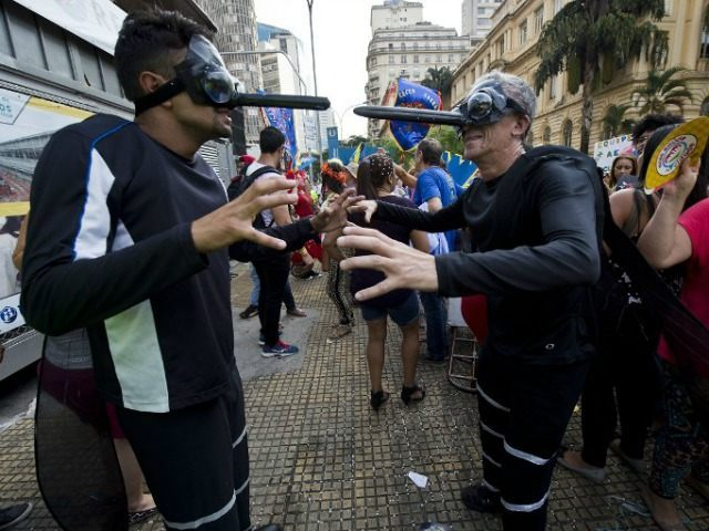 Brazil-Carnival-dressed-as-Zika-mosquitoes-afp
