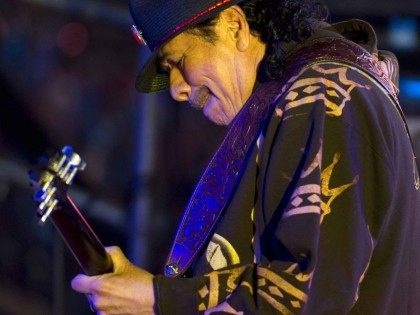 Carlos Santana (Don Emmert / Getty)