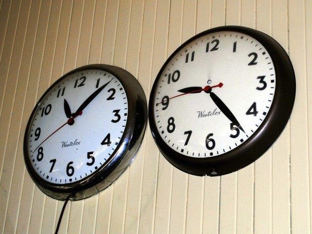 Clocks (Sam Leite / Flickr / CC / Cropped)