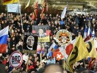 PICTURES: Thousands Join PEGIDA March in Dresden