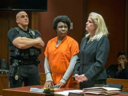 Woman Who Set Infant on Fire and Left Her in the Street to Die, Gets 30 Years