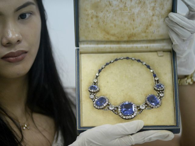 photos philippines to auction imelda marcos 39 s jewels