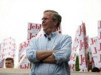 Jeb Bush: I Rooted for Broncos 'Because Peyton Manning Wrote Me a Check'