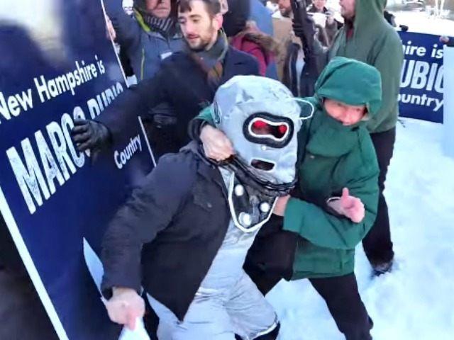 Marcobot Wrestle