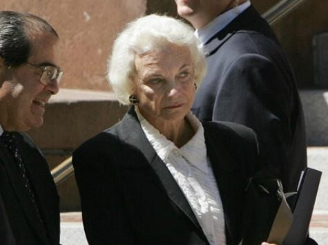 Supreme Court Justices Antonin Scalia (L) and Sandra Day O'Connor (R) in Washington, DC, September, 7, 2005