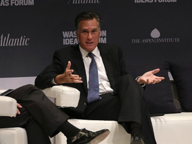 Former Republican presidential candidate Mitt Romney (R) speaks September 30, 2015 in Washington, DC.