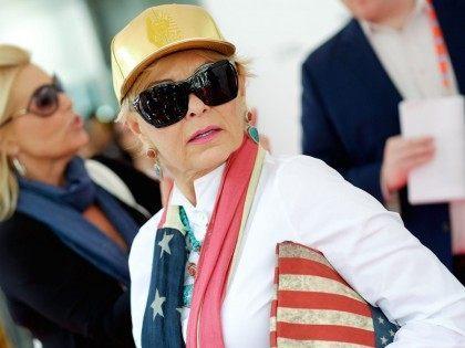 Roseanne Barr Opens Pot Shop