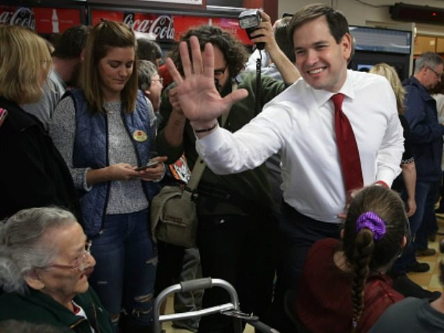 Republican presidential candidate Sen. Marco Rubio (R-FL) takes a tour of Globe Manufacturing before holding a town hall event with employeesÊFebruary 3, 2016 in Pittsfield, New Hampshire.