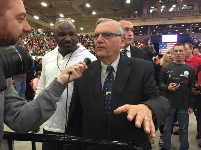 Sheriff Joe at Trump Rally (Joel Pollak / Breitbart News)