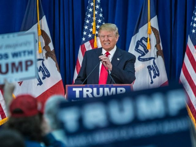 WATERLOO, IA - FEBRUARY 1: Republican presidential candidate Donald Trump speaks at a campaign rally at the Ramada Waterloo Hotel and Convention Center on February 1, 2016 in Waterloo, Iowa.