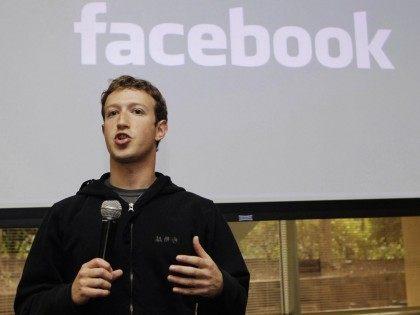 Zuckerberg Facebook (Marcio Jose Sanchez / Associated Press)