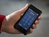 India Passes Law Making Mobile Phone 'Panic Buttons' Mandatory