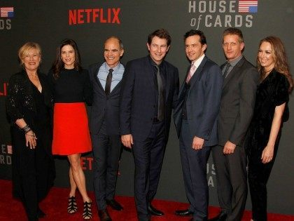 WASHINGTON, DC - FEBRUARY 22: (L-R) Jayne Atkinson, Neve Campbell, Michael Kelly, Derek Cecil, Nathan Darrow, Paul Sparks, and Elizabeth Marvel attend the portrait unveiling and season 4 premiere of Netflix's 'House Of Cards' at the National Portrait Gallery on February 22, 2016 in Washington, DC. (Photo by Paul Morigi/Getty …