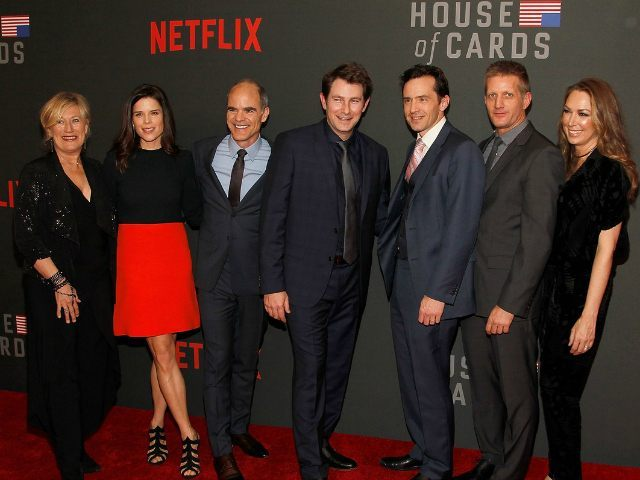 WASHINGTON, DC - FEBRUARY 22: (L-R) Jayne Atkinson, Neve Campbell, Michael Kelly, Derek Cecil, Nathan Darrow, Paul Sparks, and Elizabeth Marvel attend the portrait unveiling and season 4 premiere of Netflix's 'House Of Cards' at the National Portrait Gallery on February 22, 2016 in Washington, DC. (Photo by Paul Morigi/Getty Images For Netflix)