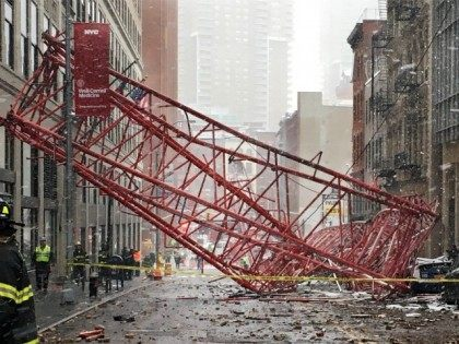 1 Dead, 2 Seriously Hurt in Manhattan Crane Collapse