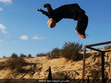Islamic State Publishes Pictures of 'Silent Killing' Camp in Egypt, Flaunting 'Dozens' of New Recruits
