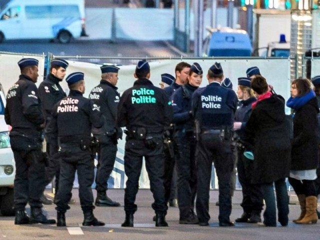 Brussels_Metro_Police_160323_KS_31x13_1600