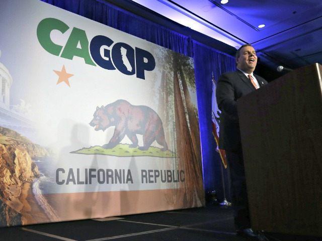 Christie Speaks to CA GOP Rich PedroncelliAP