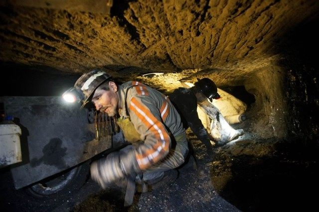 Coal-Loses-Its-Grip-11