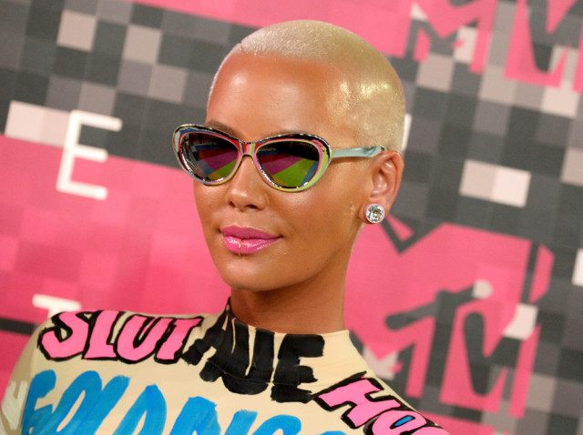 LOS ANGELES, CA - AUGUST 30: Model Amber Rose attends the 2015 MTV Video Music Awards at Microsoft Theater on August 30, 2015 in Los Angeles, California. (Photo by Frazer Harrison/Getty Images)