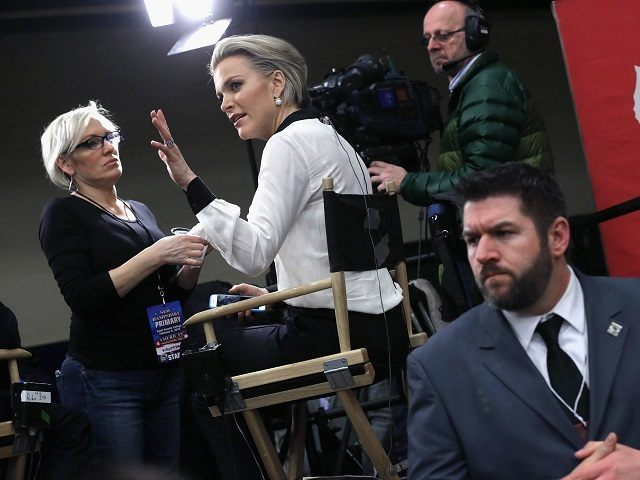 FOX News anchor Megyn Kelly prepares to interview Republican presidential candidate, Sen. Marco Rubio (R-FL) before his last campaign rally before voters head to the polls on Tuesday in the Nashua Community College gymnasium February 8, 2016 in Nashua, New Hampshire. The New Hampshire primary, the nation's first, is tomorrow. (Photo by Chip Somodevilla/Getty Images)