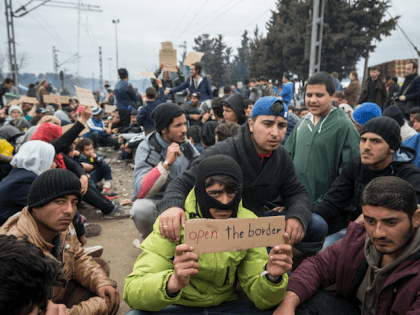 Migrants Greece Macedonia