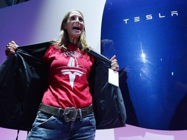 Tesla lady (Kevork Djansezian / Getty)