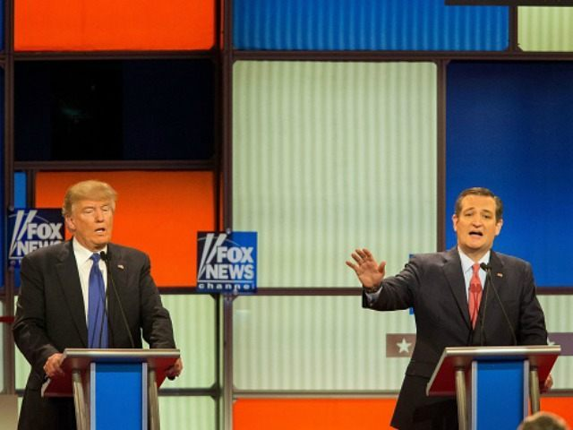 n Presidential candidates Ted Cruz (R) and Donald Trump spar during the Republican Presidential Debate in Detroit, Michigan, March 3, 2016.
