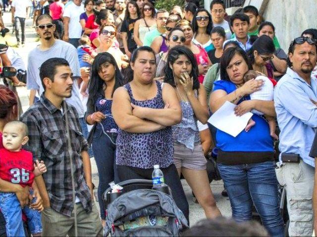 illegal immigrants AP