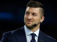 Despite Early Baseball Success, TV Critics Still Down on Tebow