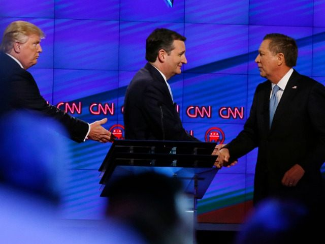 onald Trump (L), Texas Senator Ted Cruz (C) and Ohio Governor John Kasich (R) shake hands following the CNN Republican Presidential Debate March 10, 2016 in Miami, Florida.