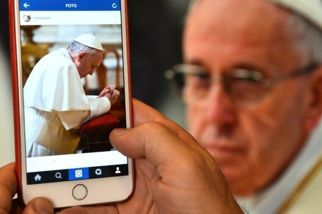 pope francis, instagram