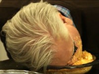 Begoggled Beck Attacks Bowl of Cheetos—to 'Look Like' Trump