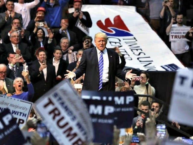 Donald Trump in NY APMike Groll