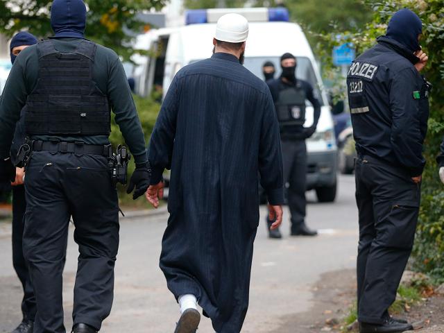 German Police Mosque Imam Islam