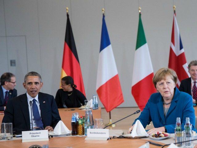 German Chancellor Angela Merkel and U.S. President Barack Obama meet with European leaders at Herrenhausen Palace on April 25, 2016 in Hanover, Germany.