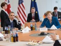 German Chancellor Angela Merkel and President Barack Obama meet with European leaders at Herrenhausen Palaceon April 25, 2016 in Hanover, Germany.