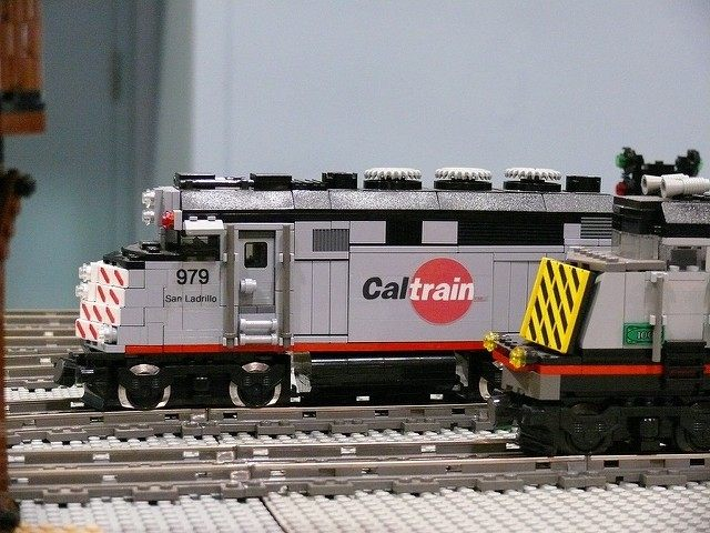 Lego Caltrain (Bill Ward / Flickr / CC)