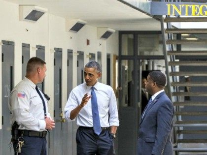 Obama Visits Prison Evan Vucci AP