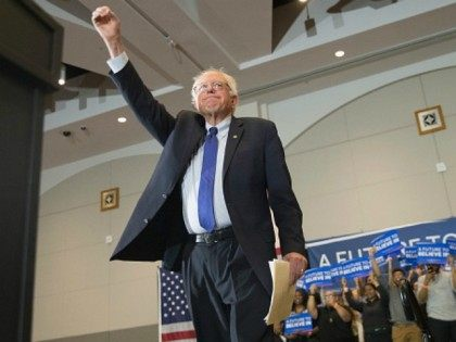 /Democratic presidential candidate Senator Bernie Sanders (D-VT) arrives at a campaign rally April 4, 2016 in Milwaukee, Wisconsin.