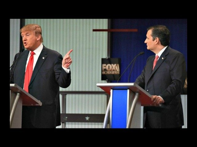 Trump Points at Cruz AP