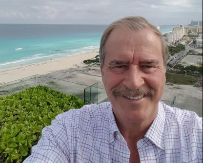 mexico and vicente fox The trump-fox twitter feud continues former mexican president vicente fox quesada on wednesday resumed his profane assault on president trump's plan to build a wall along the mexican border.