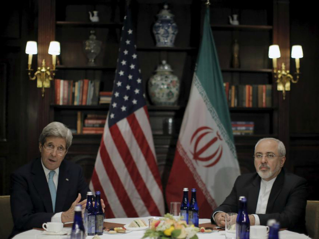 U.S. Secretary of State John Kerry (L) meets with Iran's Foreign Minister Mohammad Javad Zarif in Manhattan, New York City, U.S., April 22, 2016. REUTERS/BRENDAN MCDERMID