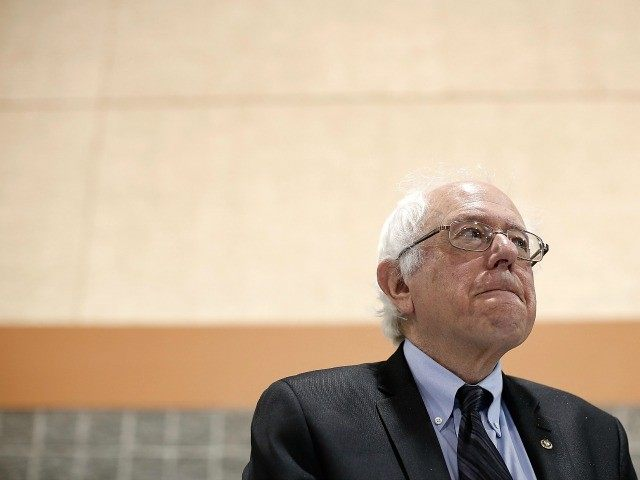otential Democratic presidential candidate Sen. Bernie Sanders (R) (I-VT) waits to deliver his remarks at the South Carolina Democratic Party state convention April 25, 2015 in Columbia, South Carolina